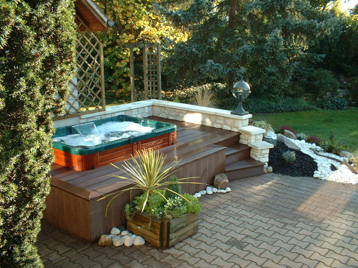 Spa de nage on pinterest spa pools and ground pools for Jacuzzi enterre exterieur